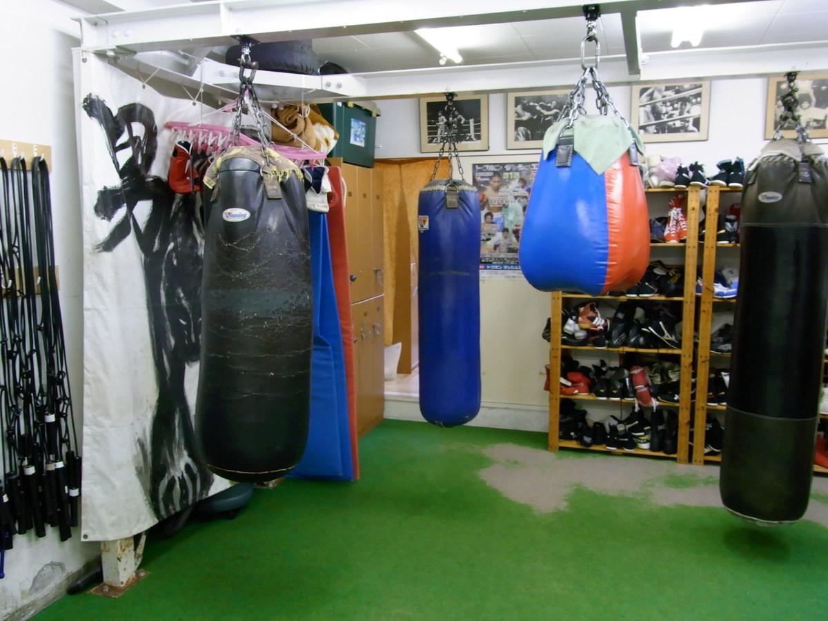 ボクシングの基礎から技術・体力を養う